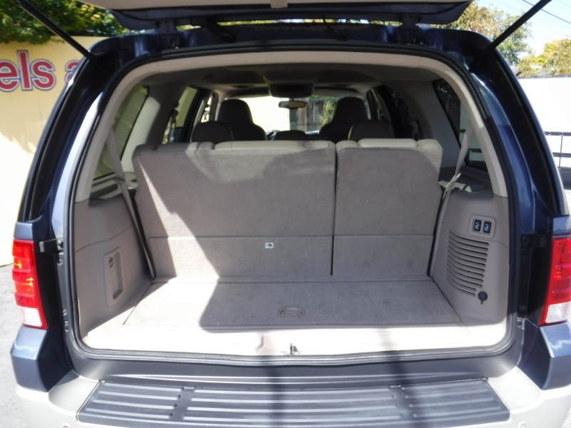 Ford Expedition 2005 price $6,450