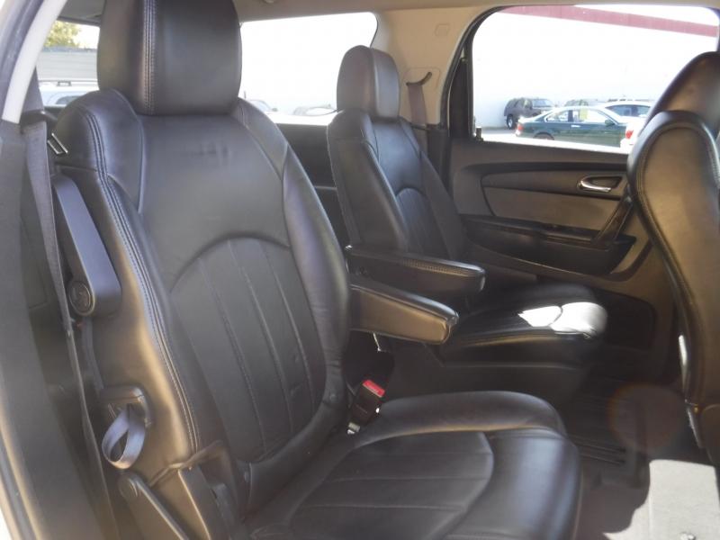GMC Acadia 2011 price $15,150