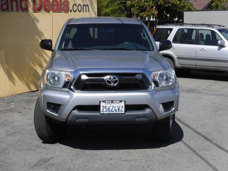 Toyota Tacoma 2015 price $25,999