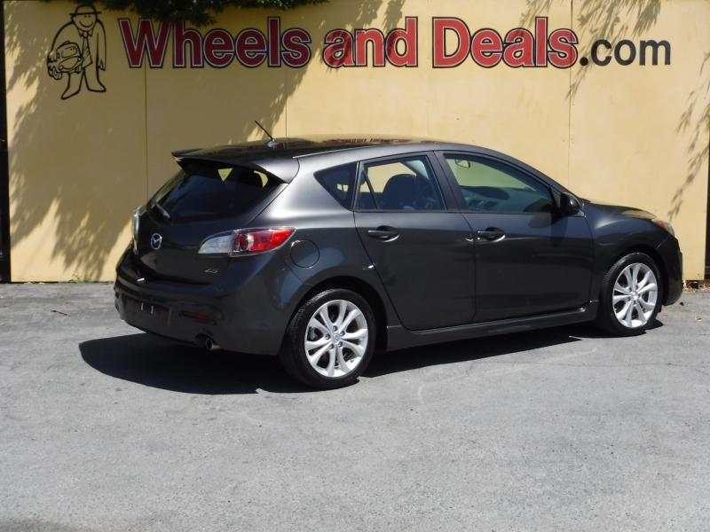 Mazda Mazda3 2011 price $8,000