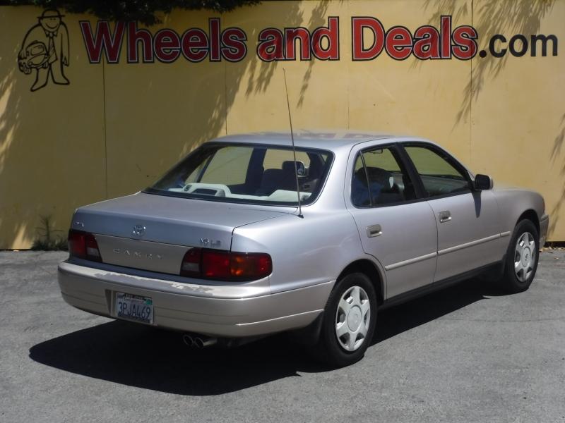 Toyota Camry 1996 price $4,695