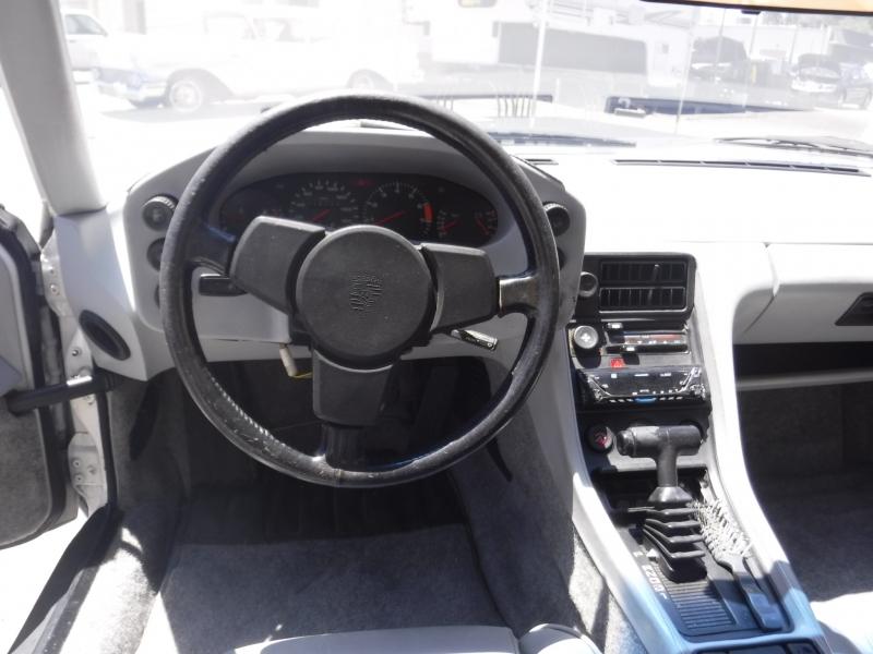 Porsche 928 1979 price $7,999