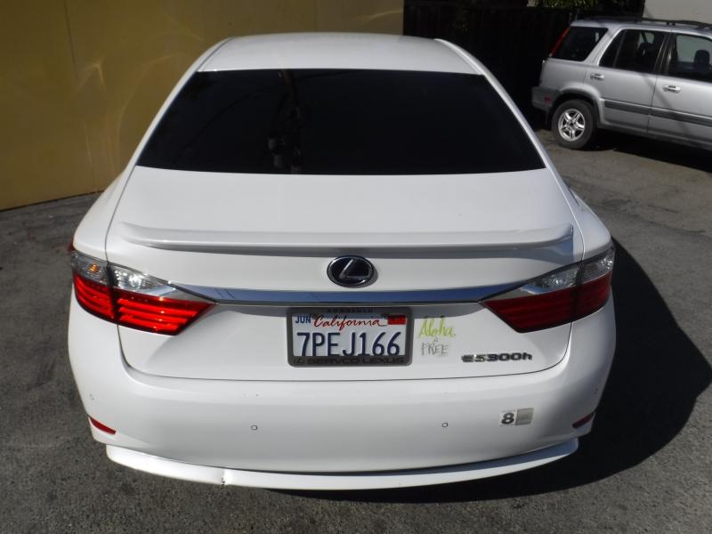 Lexus ES300H 2013 price $9,999