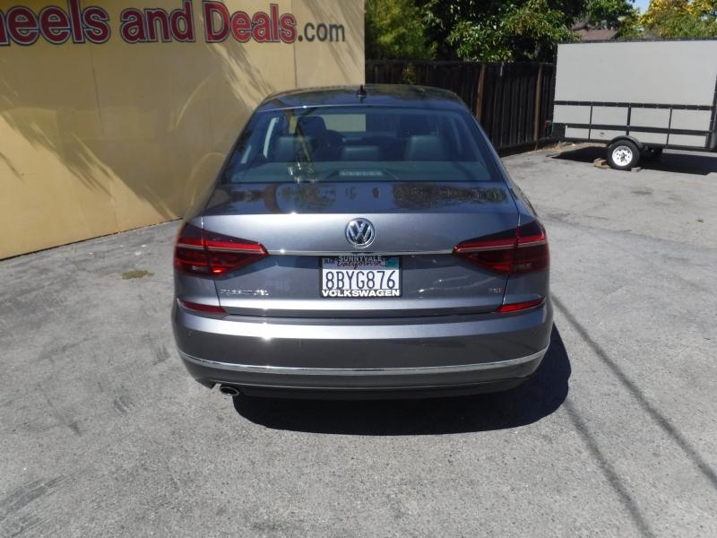 Volkswagen Passat 2018 price $19,800