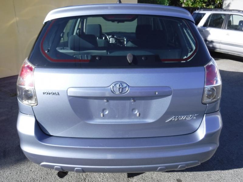 Toyota matrix 2006 price $6,400