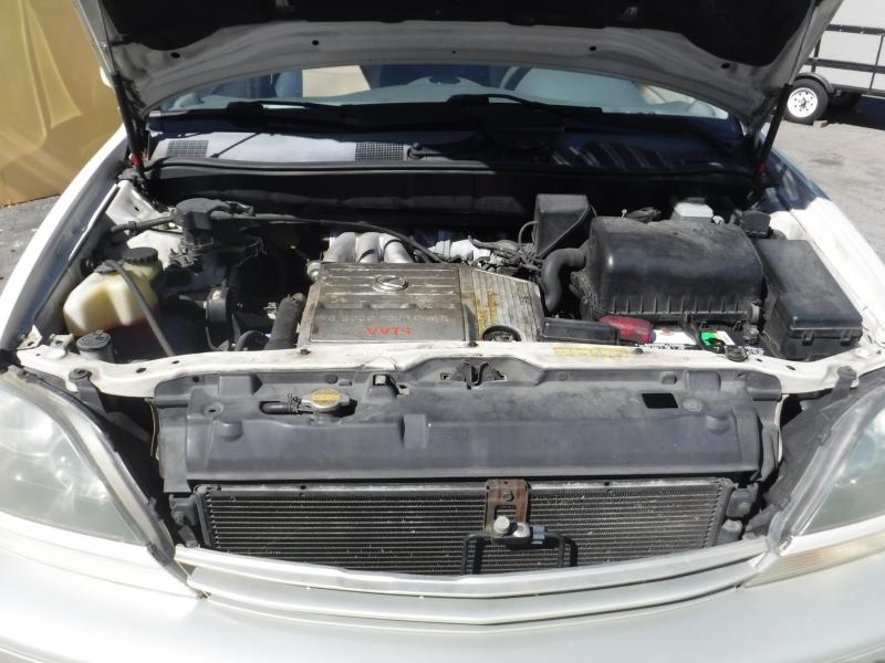 Lexus RX300 2000 price $3,750