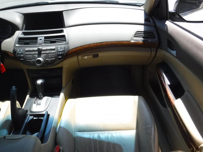 Honda Accord 2010 price $8,650