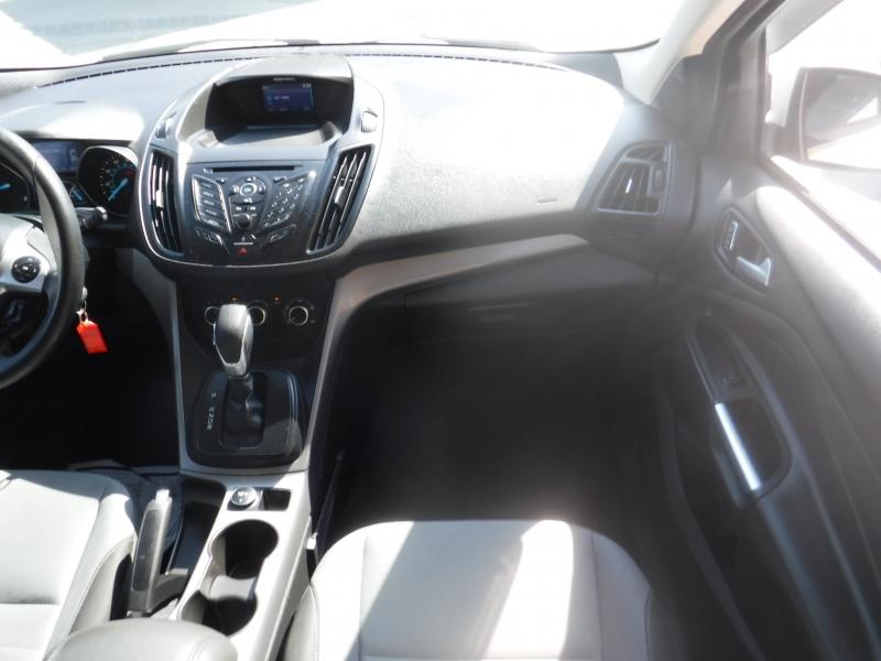 Toyota Yaris 2007 price $5,650
