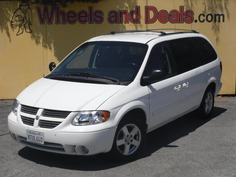 Dodge Grand Caravan 2006 price $3,499