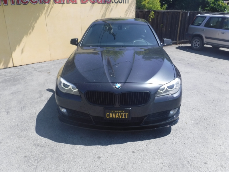 BMW 550i 2011 price $12,999