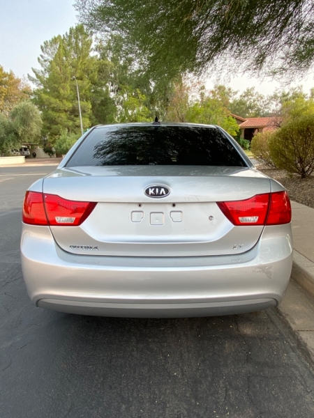 Kia Optima 2009 price $3,995