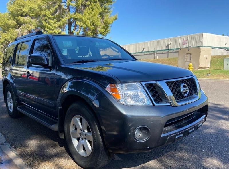 Nissan Pathfinder 2011 price $6,995