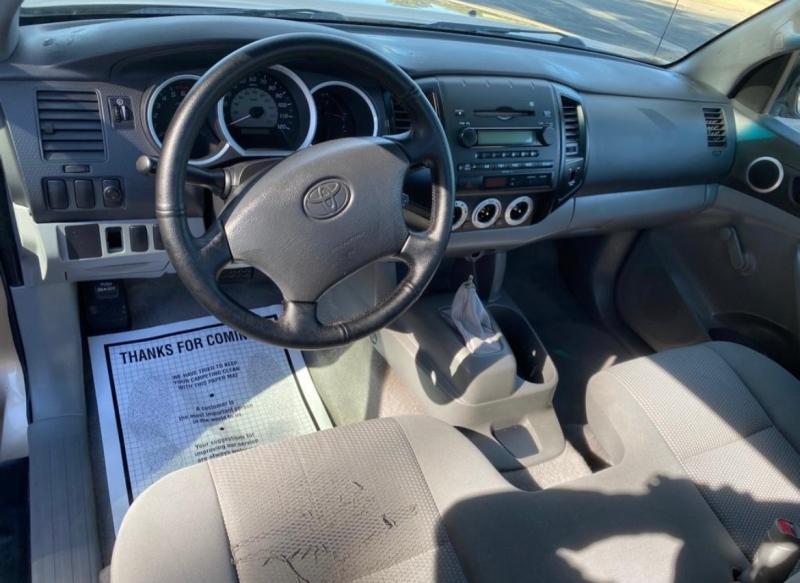 Toyota Tacoma 2006 price $5,995
