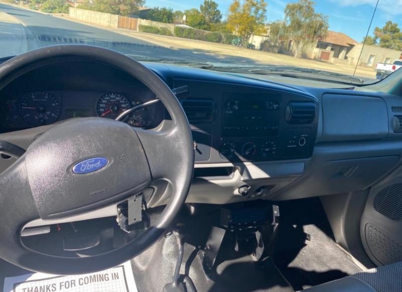 Ford Super Duty F-250 2006 price $8,995