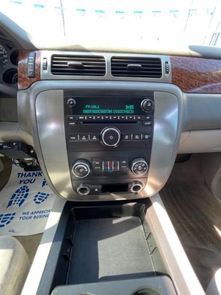 GMC Yukon SLT (4WD) 2007 price $9,995