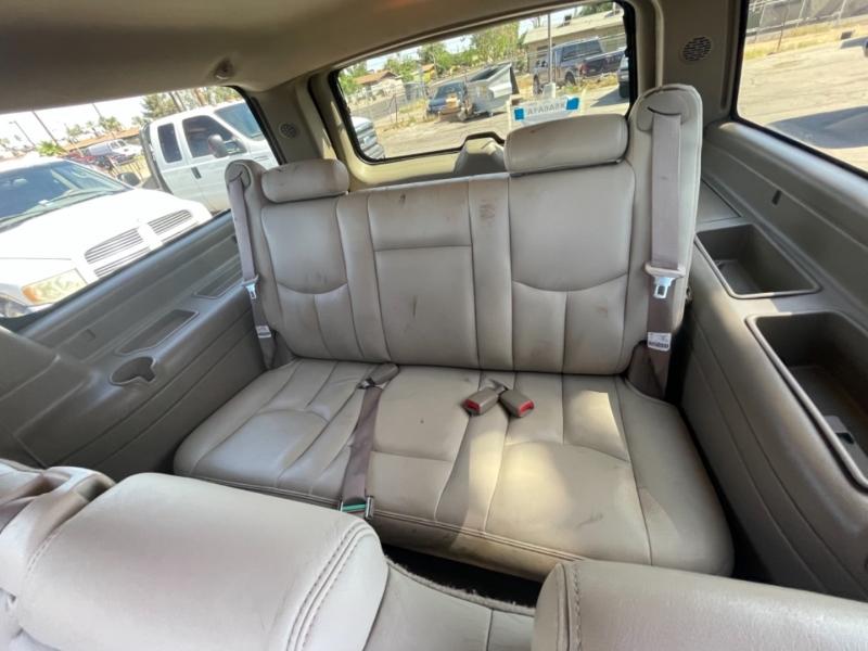 GMC Yukon XL 1500 SLT 2004 price $4,995