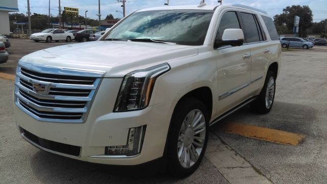 Cadillac Escalade 2015 price $79,724