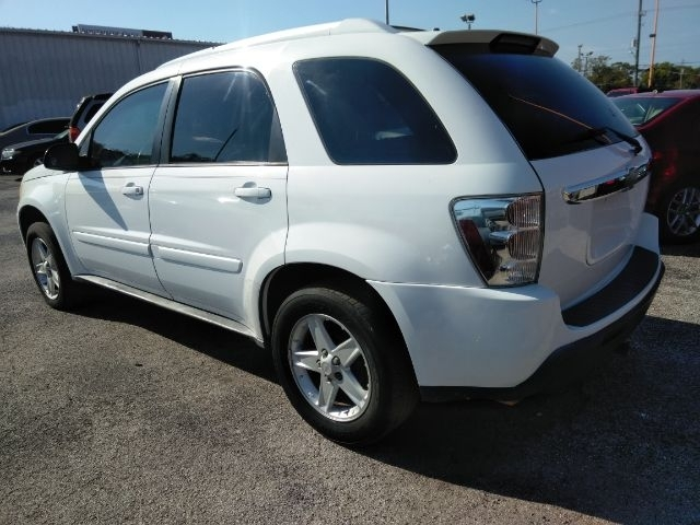 Chevrolet Equinox 2005 price $4,999