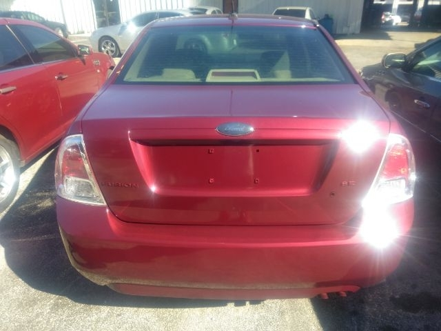 Ford Fusion 2007 price $2,499