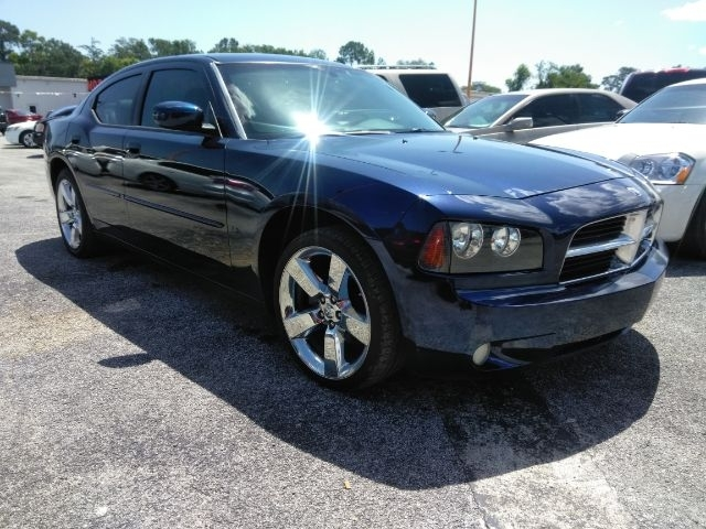 Dodge Charger 2010 price $7,499