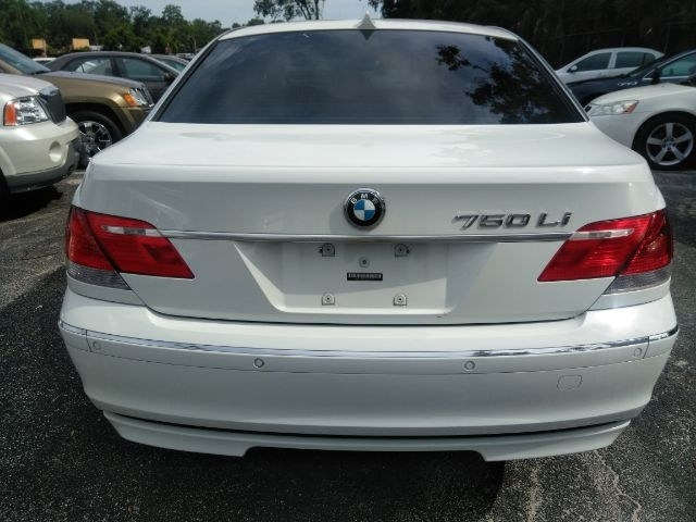 BMW 7 Series 2006 price $4,999
