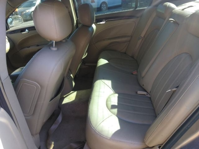 Buick Lucerne 2006 price $2,999