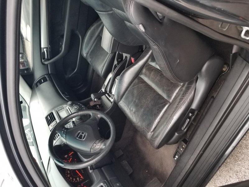 Honda Accord 2004 price $2,499