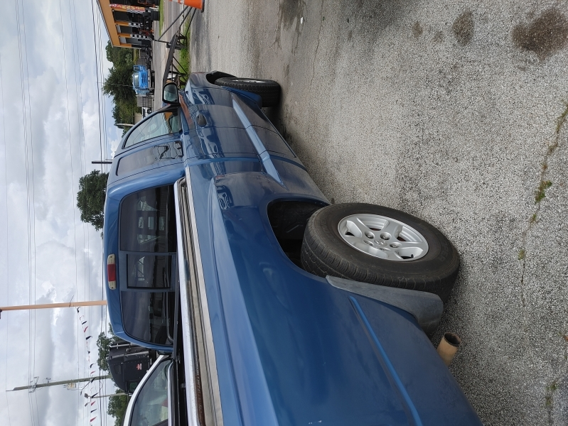 Dodge Dakota 2005 price $1,999