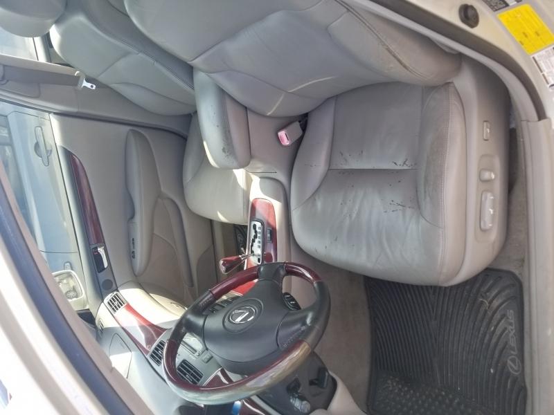 Lexus ES 330 2004 price $3,999