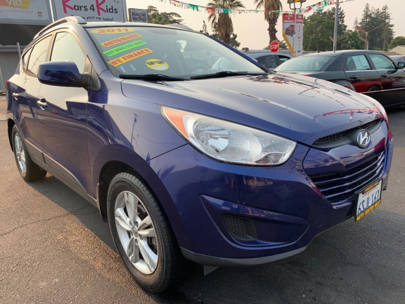 Hyundai Tucson 2011 price Call for Pricing.