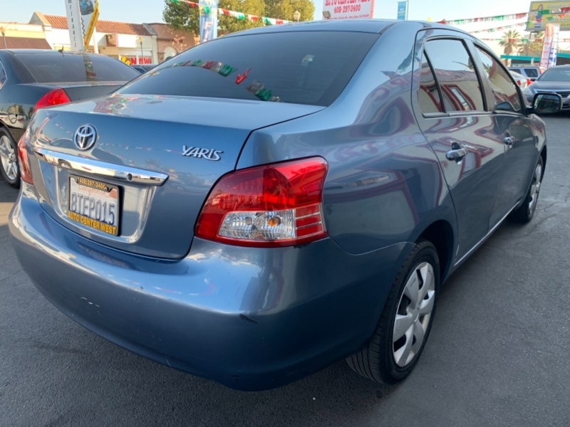 Toyota Yaris 2012 price Call for Pricing.