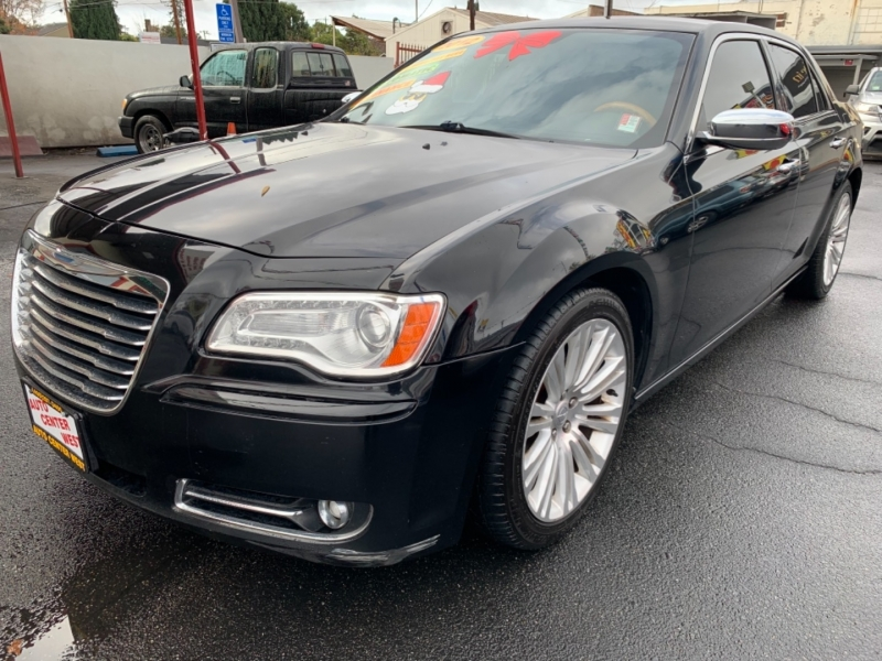 Chrysler 300 2012 price $11,495
