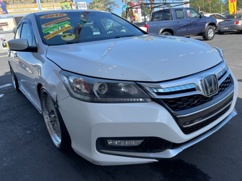 Honda Accord Sedan 2015 price $12,495