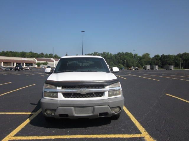 Chevrolet AVALANCHE 2002 price $6,900