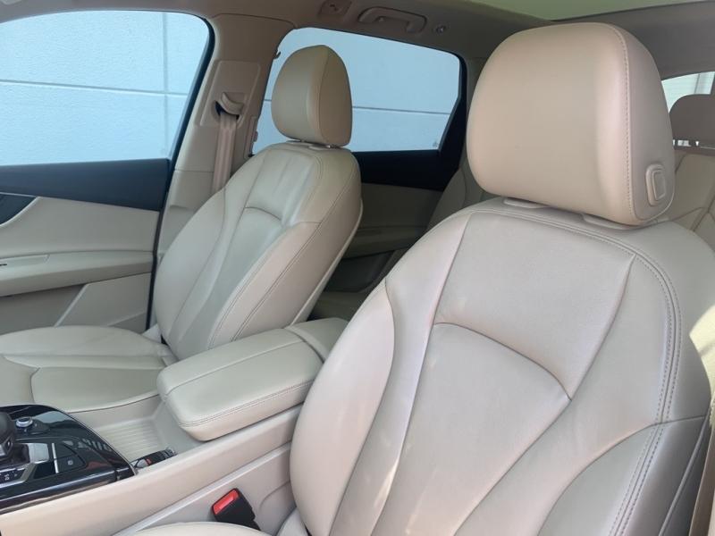 AUDI Q7 2018 price $35,994