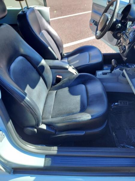 Volkswagen New Beetle Convertible 2004 price $3,995 Cash