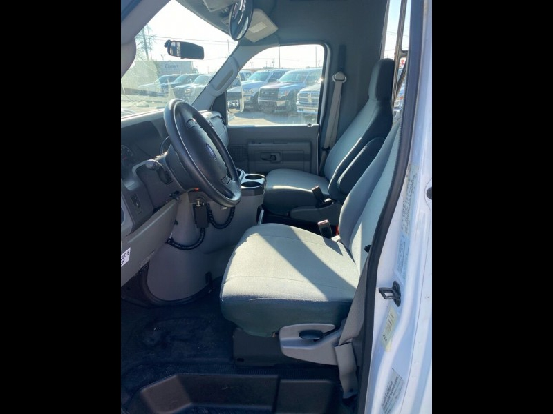 Ford E-Series Chassis 2009 price $10,995