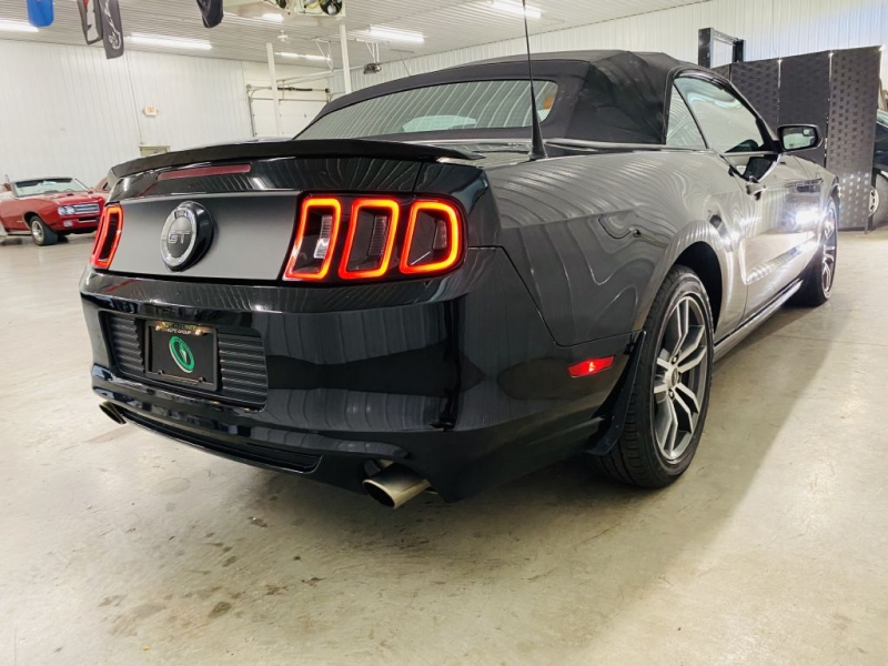 FORD MUSTANG 2013 price $16,500
