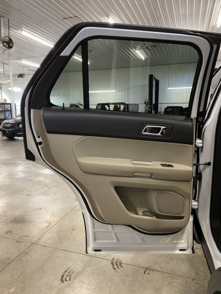 FORD EXPLORER 2015 price $17,950