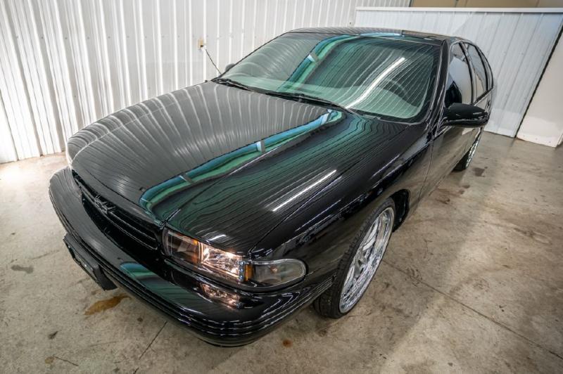 CHEVROLET CAPRICE / IMPAL 1996 price $29,990