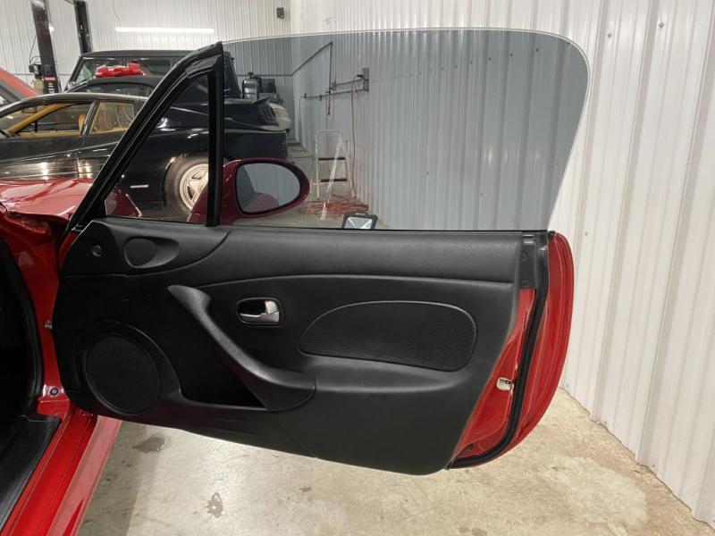 MAZDA MX-5 MIATA 2005 price $14,900