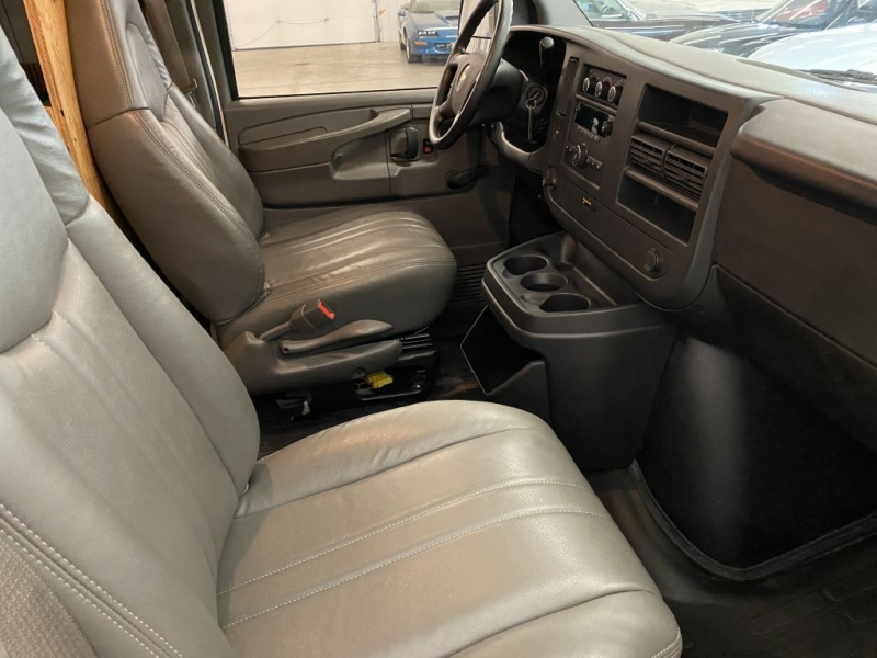 CHEVROLET EXPRESS G1500 2009 price Call for Pricing.