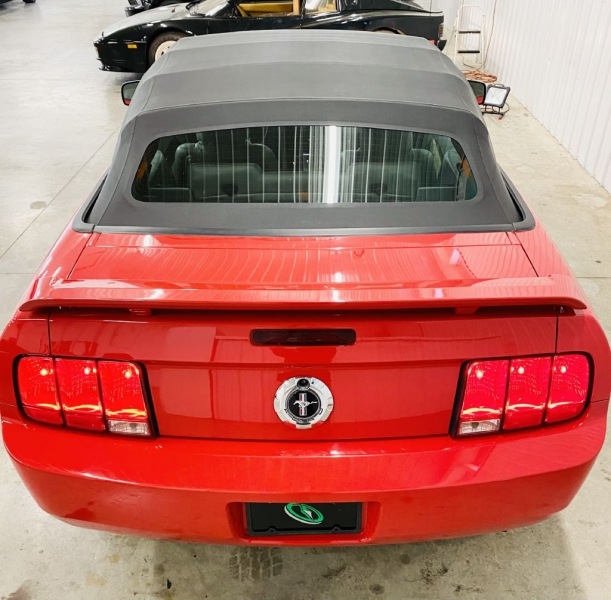 FORD MUSTANG 2006 price $11,500