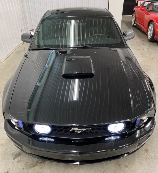FORD MUSTANG 2009 price $17,500