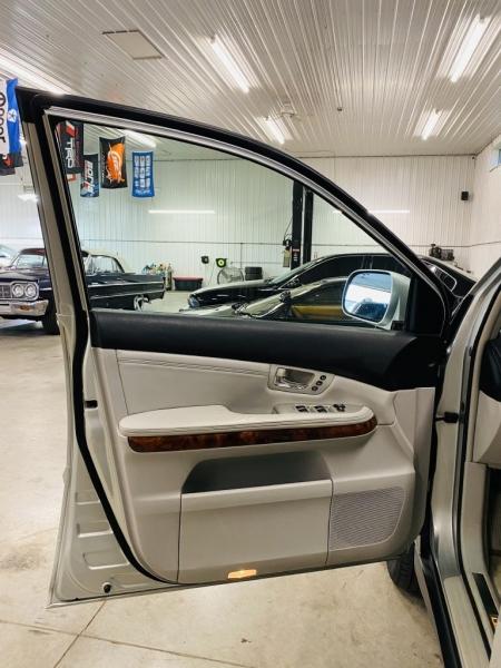 LEXUS RX 2006 price $13,650