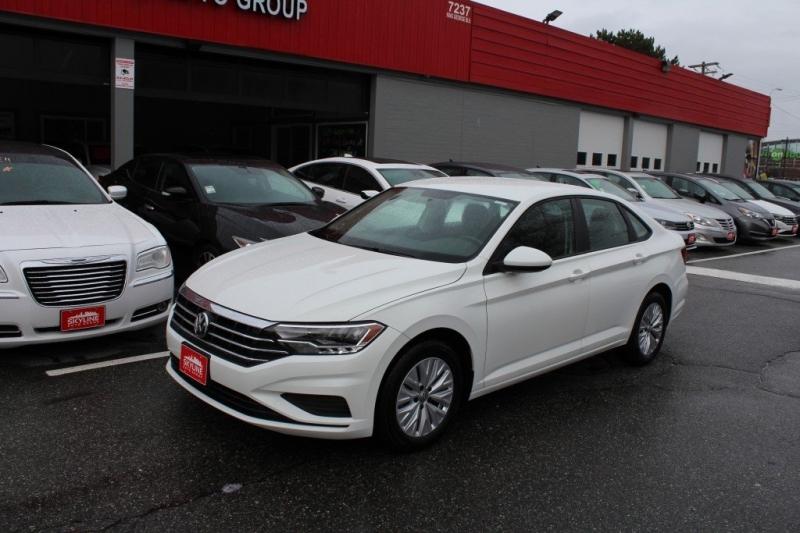Volkswagen Jetta 2019 price $17,889