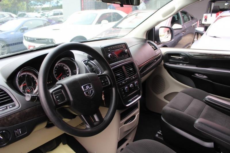 Dodge Grand Caravan 2016 price $14,889