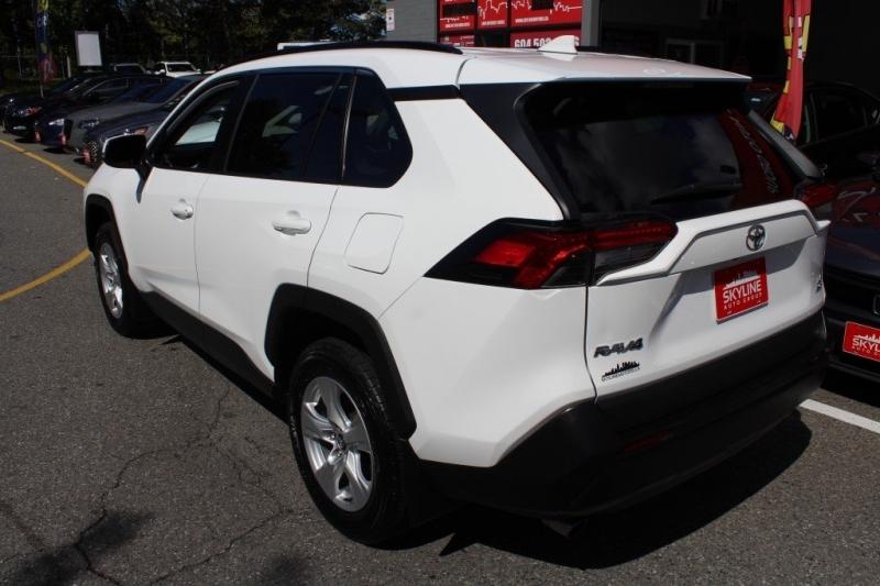 Toyota RAV4 2019 price $29,889