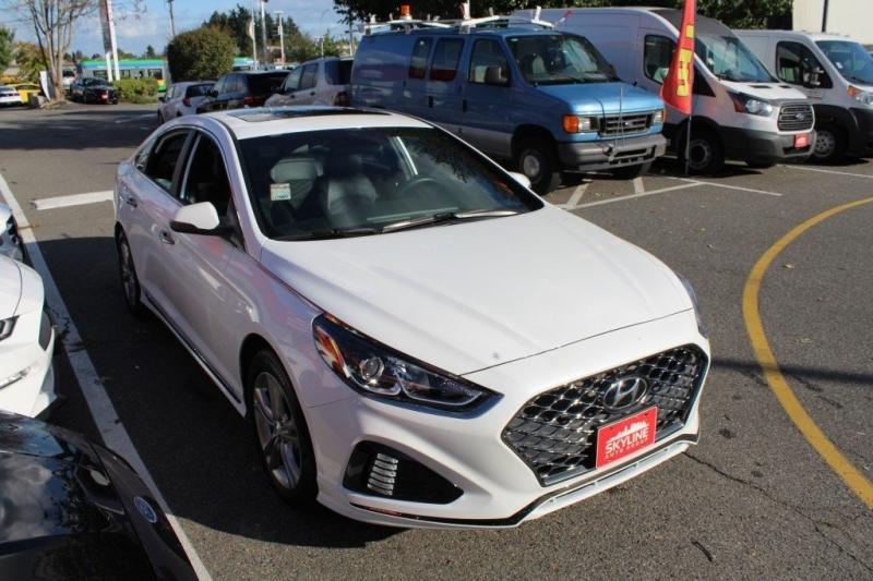 Hyundai Sonata 2019 price $27,889