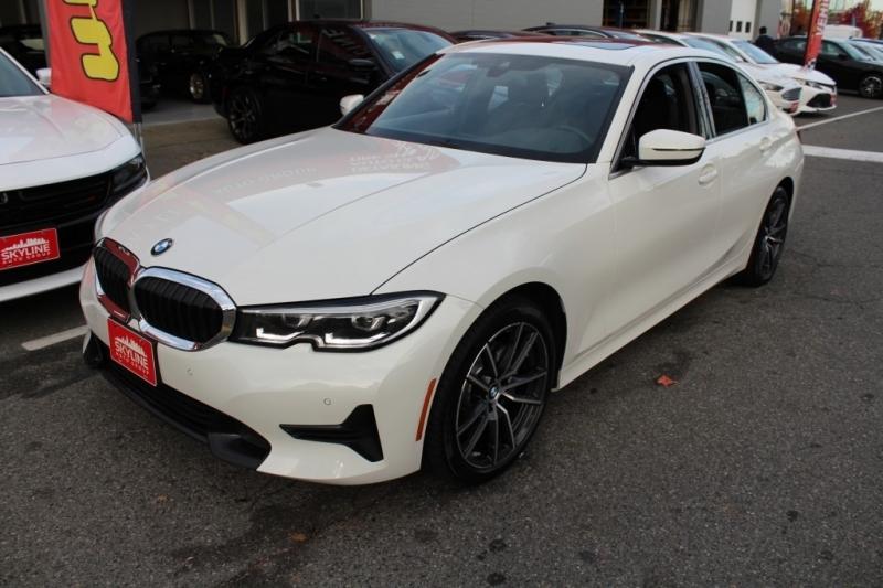BMW 3-Series 2019 price $39,889